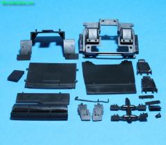 Volvo F12/16 bodempaalt spatborden stoelen etc