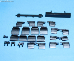 Mudguard set for flatbed trailer and combi