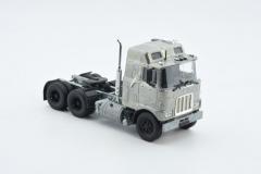 Mack F700 high roof 6x4 tractor kit